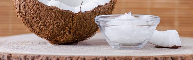 Hampaiden valkaisu kookosöljyllä