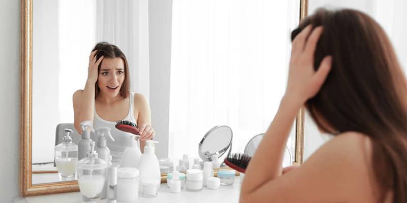 Mistä johtuu hiustenlähtö?