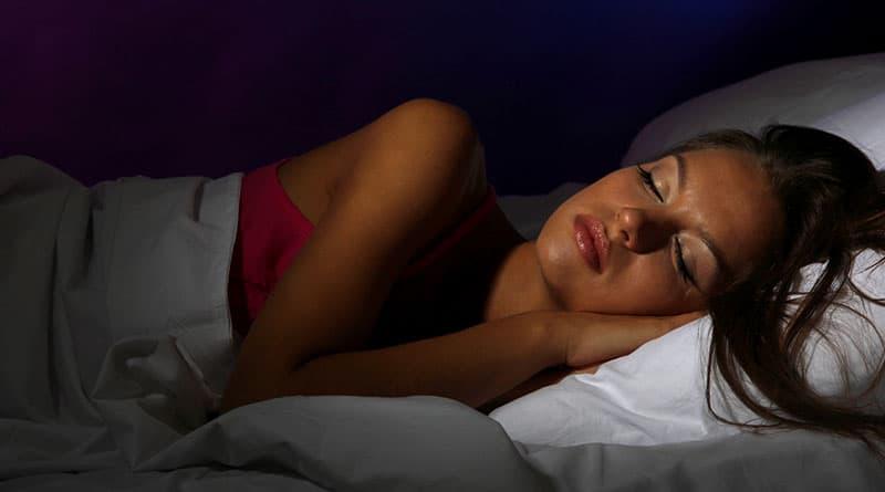 Melatoniinin nauttiminen ennen nukkumista