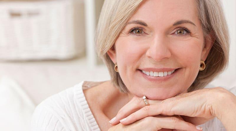 Ihon kollageenin vahvistaminen ehkäisee & tasoittaa ryppyjä